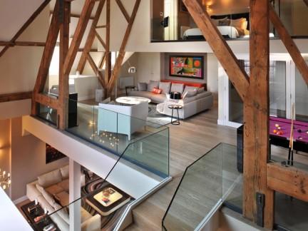 日韩风格别墅室内木梁装修设计