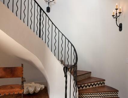 欧式风格别墅铁艺楼梯扶手装修设计