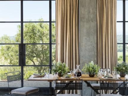 后现代风格别墅餐厅窗帘装修设计