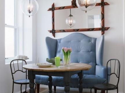 欧美风格小户型餐厅圆形实木餐桌装修设计