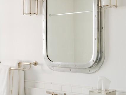 沙滩小型卫生间洗手台装修设计
