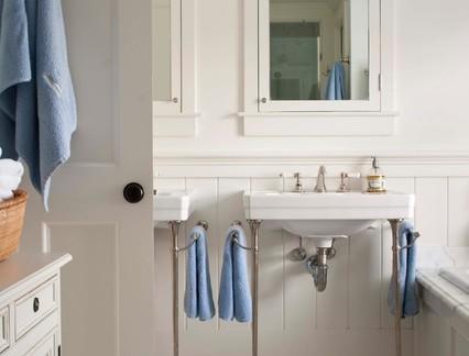 地中海别墅淋浴间洗手台装修设计