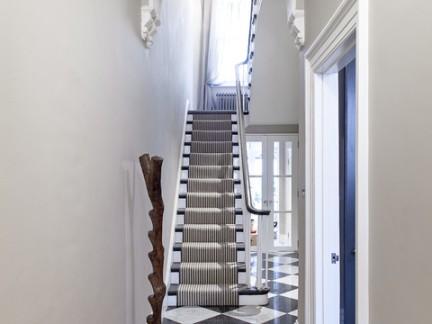 华美地中海风格别墅楼梯设计特效图欣赏
