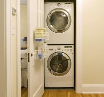 现代小型别墅洗衣房装修设计