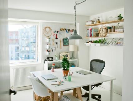 简约白色书房墙面装饰效果图