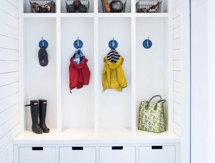 乡村美式风格别墅衣帽间衣柜装修设计