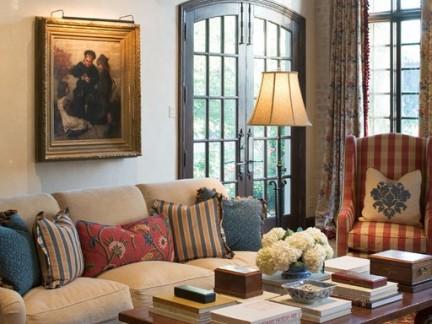 复古欧式风格小户型客厅布艺沙发装修设计