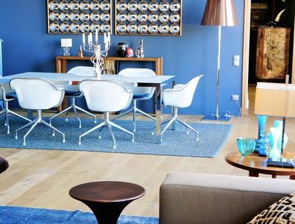 地中海风格客厅海蓝色背景墙实景图