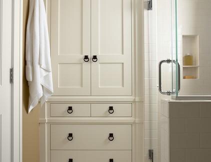 美式风格复式楼卫生间浴室柜装修设计