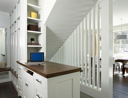 别墅二层楼梯镂空隔断装修效果图