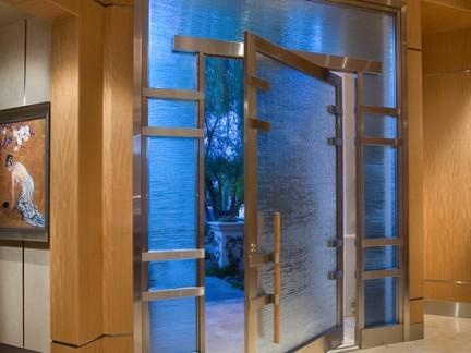 时尚东南亚风格别墅玻璃大门装修设计