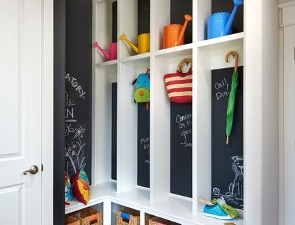 欧式136平米四居室衣帽间衣柜设计