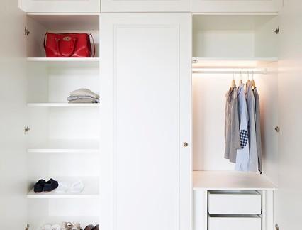 美式风格别墅衣帽间衣柜装修设计