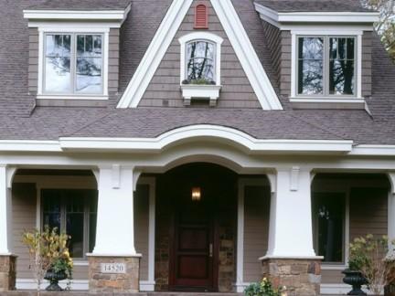 美式风格独栋别墅仿木外墙图片欣赏