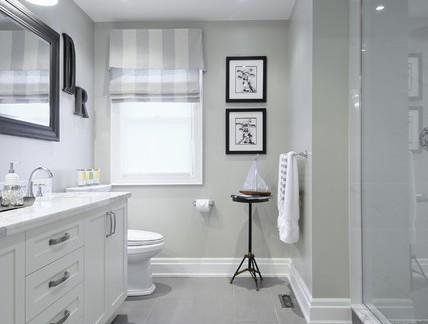 美式风格别墅卫生间浴室柜装修设计