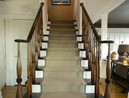 乡村欧式风格复式楼实木楼梯扶手图片欣赏