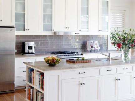 美式风格别墅开放式厨房储物柜装修效果图