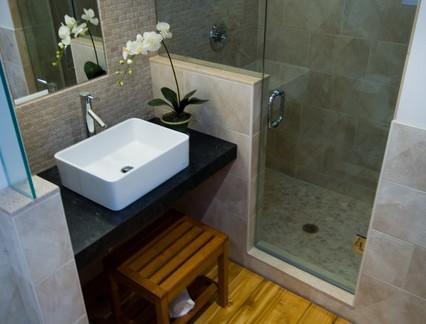 中式风格小户型卫生间洗手台装修设计