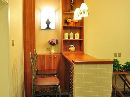 地中海风格65�O二居室吧台装修效果图