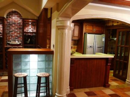 130平西式古典吧台装修效果图