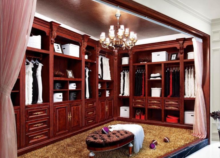 中式复古顶固实木衣帽间衣柜装修效果图图片