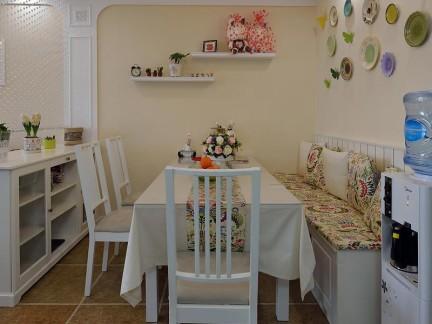 现代简约卡座餐厅白色餐桌装修效果图