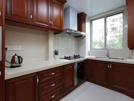 L型原木色简洁中式古典厨房装修效果图