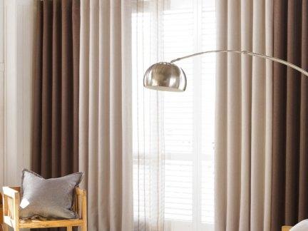 咖啡色简约雅致纯色客厅落地窗帘效果图