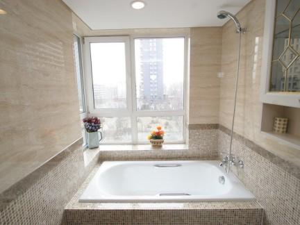 三居室现代简约风格卫生间浴缸装修效果图