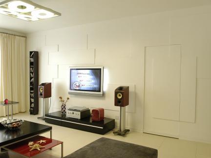 宜家创意设计三居室客厅米色隐形门效果图