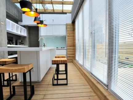 阳台露天餐厅吧台装修效果图
