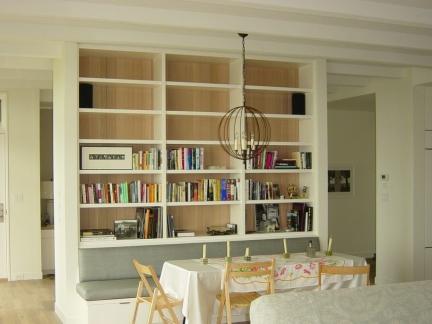 小户型田园风格白色书柜效果图