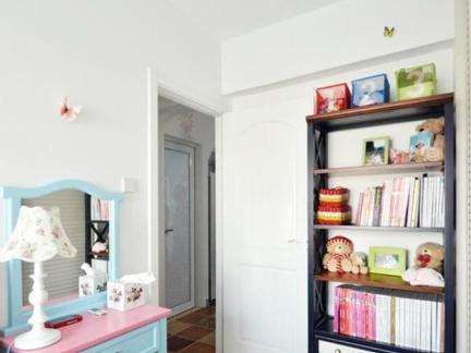 现代简约风格卧室彩色梳妆台效果图