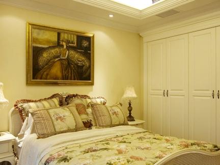简欧风格卧室白色嵌入式衣柜装修效果图