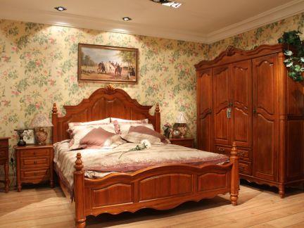 美式风格卧室大气实木衣柜装修设计图