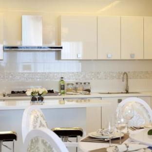 小复式三居室厨房装修效果图