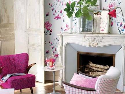 粉色魅惑简欧风格客厅壁纸装修实景图