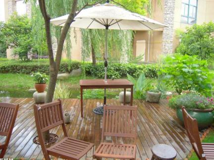 舒适氛围简约风格一楼花园装修效果图
