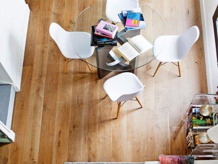 北欧风格复式房餐厅个性装修效果图
