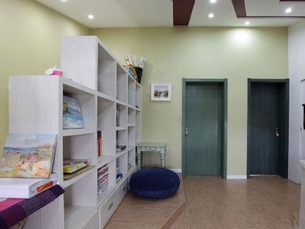 家装白色简约风格书房图片