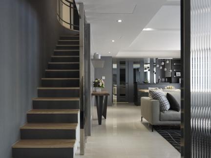 深沉内敛现代风格复式楼梯设计效果图