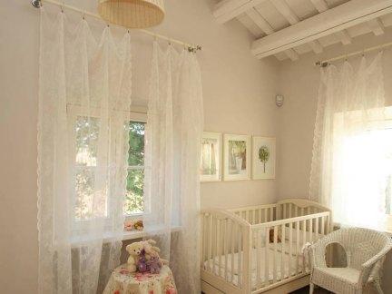 温馨简约风格儿童房窗帘效果图欣赏