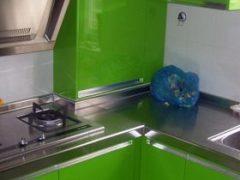 世嘉橱柜不锈钢台面烤漆门板 防潮板柜体