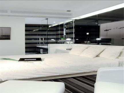 现代简约二居室卧室推拉门装修效果图大全