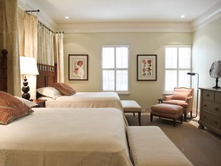 北欧风格三居室温情卧室空间装修实景图