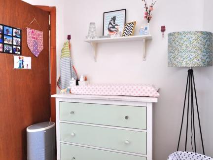 清新宜家风格公寓实用储物柜装修图片