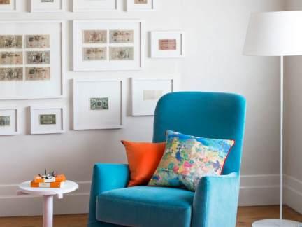 年轻时尚简约风格公寓蓝色沙发装修图片