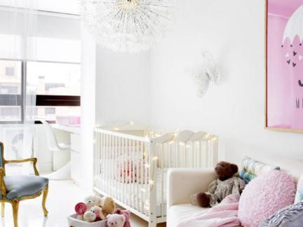 甜美浪漫简欧风格儿童房白色婴儿床图片