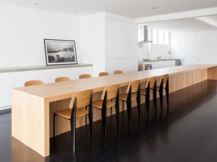 简约风格宽敞实用原木色大餐桌效果图