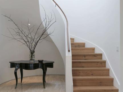 简约风格纯粹自然复式楼梯装修设计图